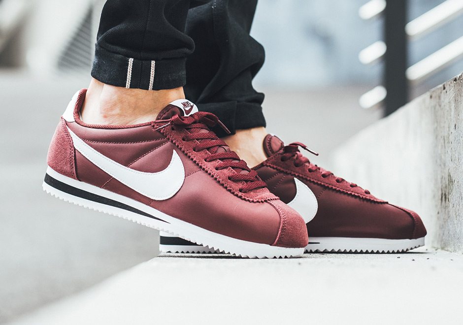 "Close Up Look at the Nike Cortez Nylon in ""Dark Team Red"""