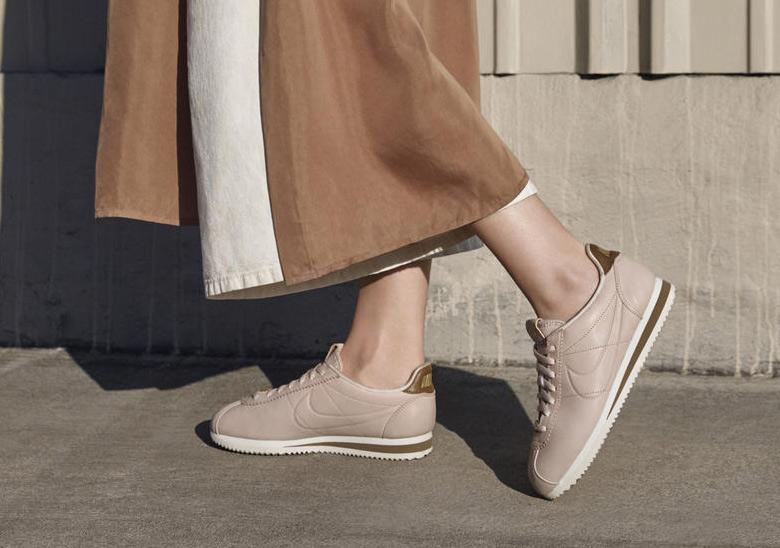 clérigo Gruñón vaso  Maria Sharapova x Nike LA Cortez Embodies Simplicity and Elegance